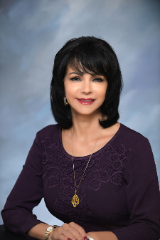 Photo of Malak Hammad - Vice President, Banking Center Manager